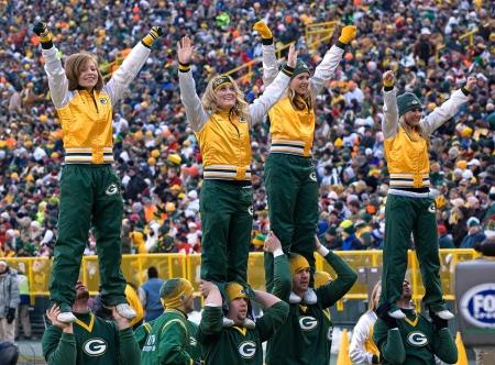 Green_Bay_Packers_Cheerleaders